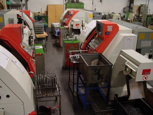 CNC-Einspindel Futter- und Stangenmaschinen